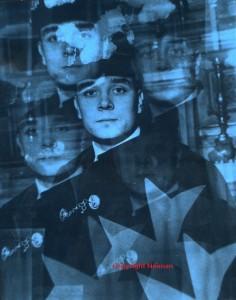 Projection photo sur toile et sur métal, virage bleu, 1982
